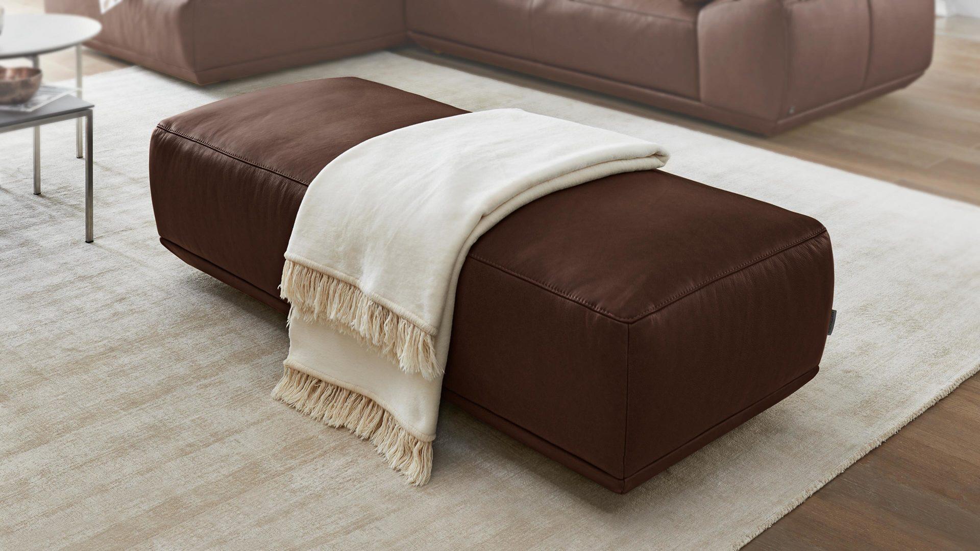 Interliving Sofa Serie 4000 Xxl Hocker Chocolatefarbenes Longlife
