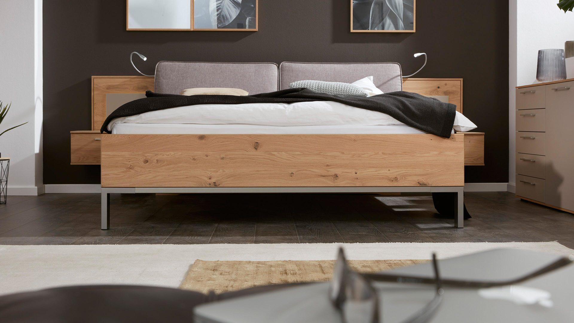 Interliving Schlafzimmer Serie 1008 Bettgestell Taupefarbene