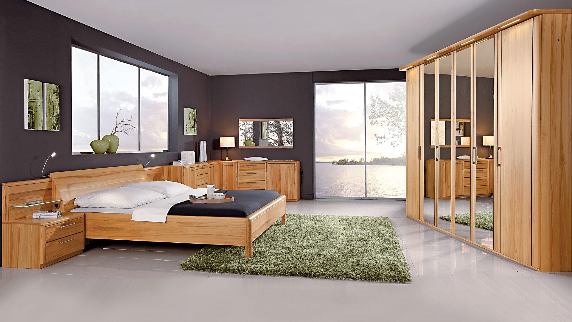 Modernes C. DISSELKAMP Schlafzimmer mit Bettgestell, Kernbuche  Echtholzfurnier - vierteilig