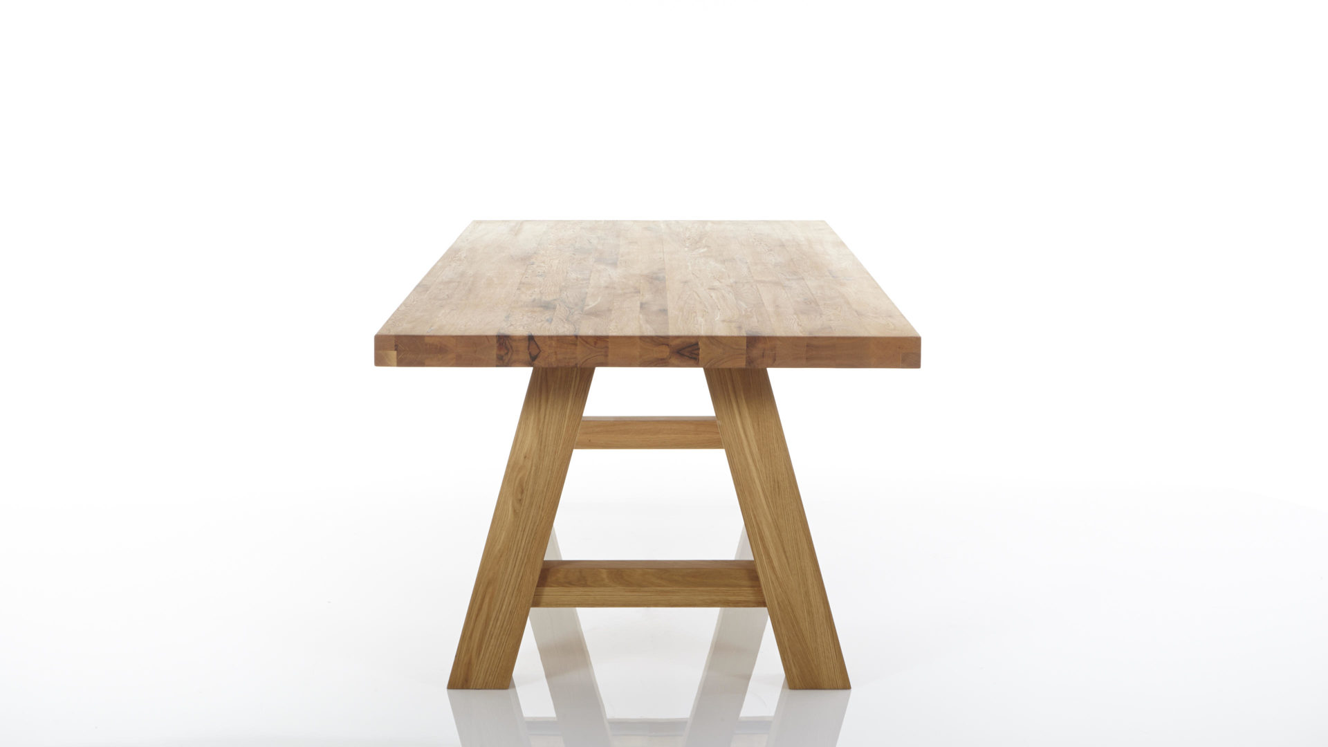 Massivholz Esstisch Aus Holz Standard Furniture Factory Gnstiger Gelte Balkeneiche