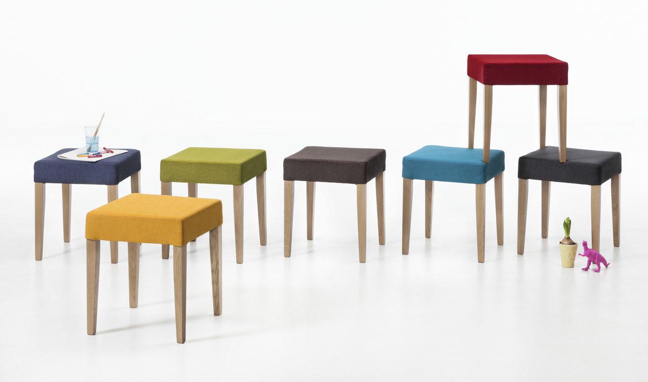 Gepolsterter Sessel Wohnzimmer Mapbelideen