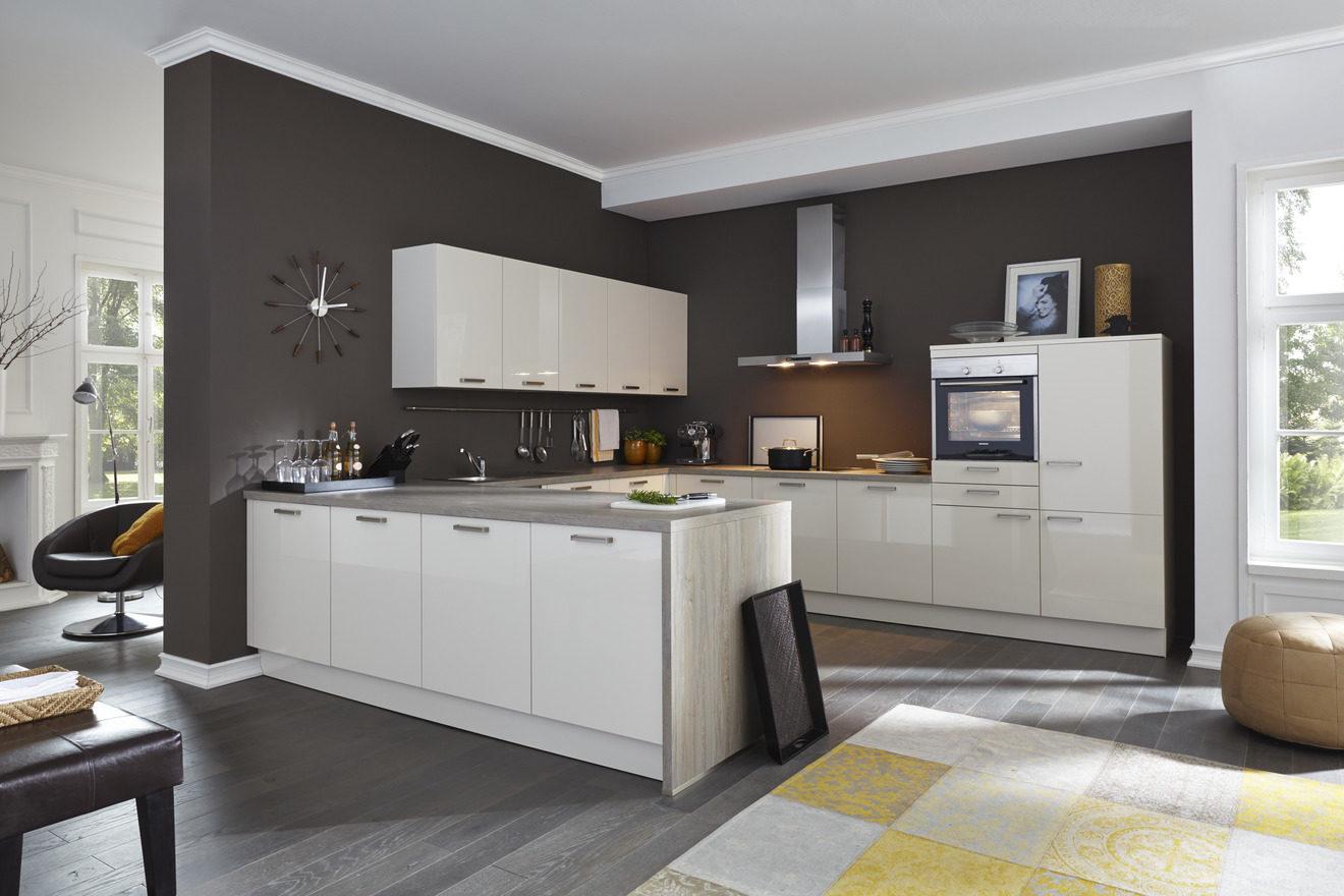 Möbel Steffens Küchen küche weiß arbeitsplatte eiche gewerbeküche